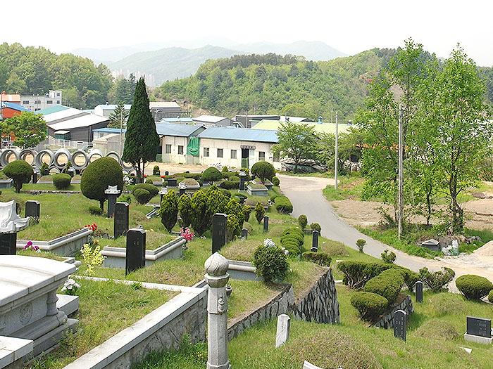 공원묘지5.jpg