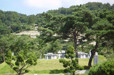 공원묘지 by 하늘나무