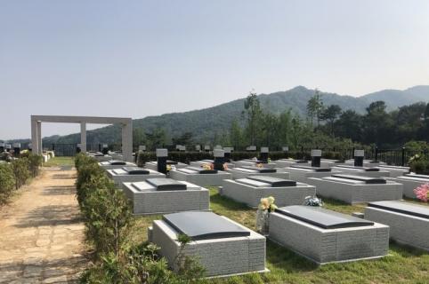용인공원묘지 by 하늘나무